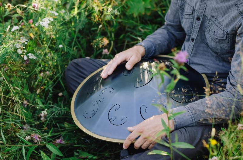 Once upon the RAV Vast. The history of RAV Vast - the legendary tongue drum
